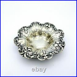 Antique Reed & Barton sterling silver Francis 1 small bowl or dish X569